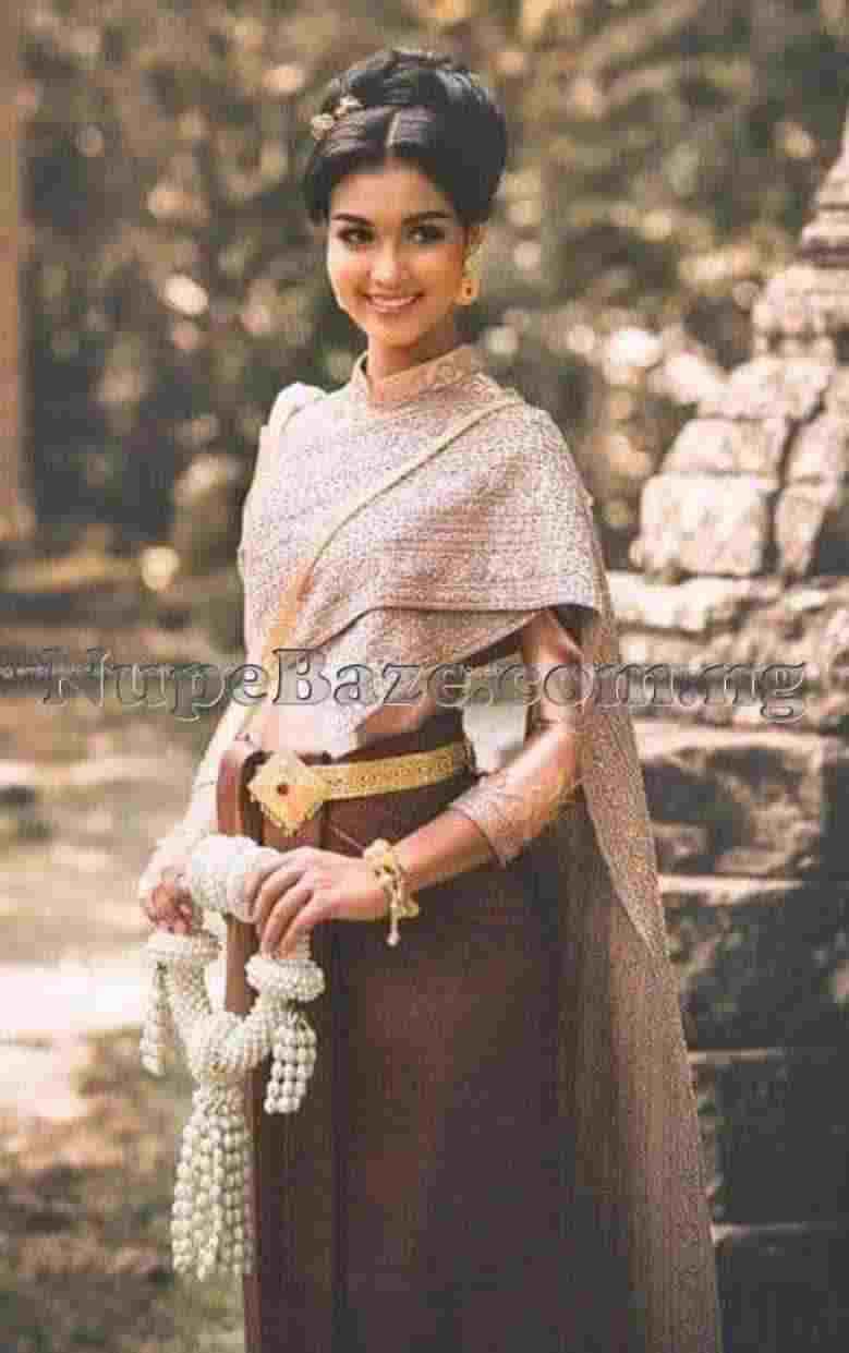 Top 10 Most Beautiful Traditional Dressing Around The World, Women Fashion Dressing, Sampot, Cambodia